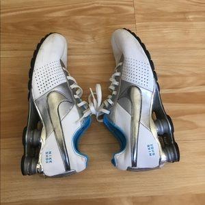 Nike shox sneaker for women Sz 8:5